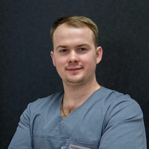 ЛІкар Хірург клініки Новодерм